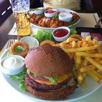 6/30/2012 tarihinde Görkem A.ziyaretçi tarafından Cafe La Vie'de çekilen fotoğraf