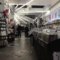 Das Foto wurde bei Rough Trade East von Matthieu V. am 4/9/2012 aufgenommen