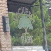 รูปภาพถ่ายที่ Vickery Park โดย souvenirs o. เมื่อ 7/15/2012