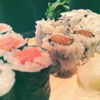 Das Foto wurde bei Sea Monstr Sushi von californiablue s. am 2/21/2012 aufgenommen