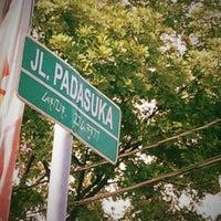 Das Foto wurde bei Jalan padasuka von Fernando T. am 5/29/2012 aufgenommen