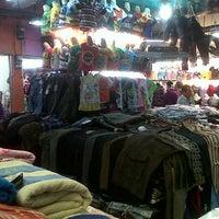 ... Foto diambil di Pasar Petisah oleh Alfri M. pada 7 28 2012 ... 35a568cc95
