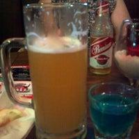 Снимок сделан в Jerseys Bar & Grill пользователем Hannah W. 6/24/2012
