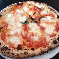 3/17/2012にMichael W.がSottocasa Pizzeriaで撮った写真