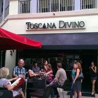 รูปภาพถ่ายที่ Toscana Divino โดย Patrick S. เมื่อ 6/21/2012