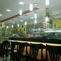 Das Foto wurde bei Santa Coxinha von Amanda F. am 7/14/2012 aufgenommen