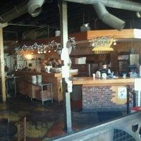 Foto tomada en Grant Central Pizza por Sade F. el 1/13/2012