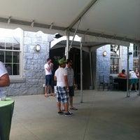 Foto tomada en Greystone at Piedmont Park por Paul T. el 7/28/2012