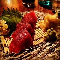 Photo prise au Domo Sushi par Kayvon T. le3/5/2012