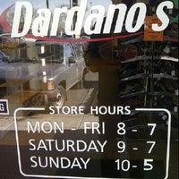 Foto scattata a Dardano's Shoes da Walter P. il 2/1/2012