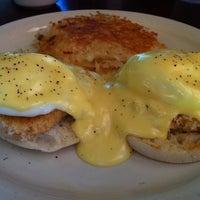 Das Foto wurde bei Hank's Creekside Restaurant von Stephen N. am 10/9/2011 aufgenommen