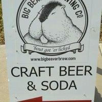 Foto tirada no(a) Big Beaver Brewing Co por Byron C. em 6/4/2011