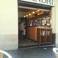 Foto tomada en Bar Mandri por Laura J. el 9/4/2012