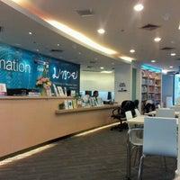 8/7/2012 tarihinde Muay R.ziyaretçi tarafından Maruay Knowledge & Resource Center'de çekilen fotoğraf