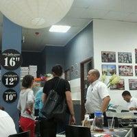 Foto tomada en Ciao Bella Pizza por Hernan G. el 10/15/2011