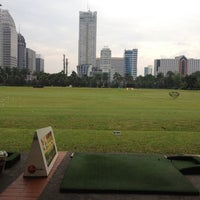 Foto scattata a Senayan Golf Driving Range da Echa A. il 3/13/2012