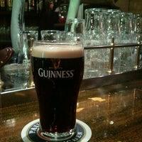 Foto tomada en Mac Gillycuddy por Tano G. el 1/13/2012