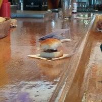 Photo prise au Effins Pub & Grill par Di R. le4/15/2012