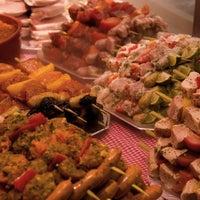 รูปภาพถ่ายที่ Maison Lanssens โดย Jonathan L. เมื่อ 11/19/2011