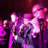 Das Foto wurde bei Brompton Club von Heather R. am 3/29/2012 aufgenommen
