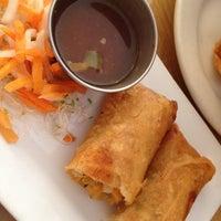 รูปภาพถ่ายที่ Ngon Vietnamese Bistro โดย Kimberly K. เมื่อ 1/28/2012