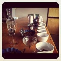 Снимок сделан в Water Avenue Coffee Company пользователем Caroline G. 10/22/2011