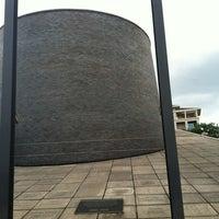 Foto scattata a Holocaust Museum Houston da Sheila K. il 7/6/2012