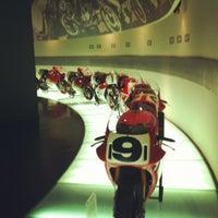 Снимок сделан в Ducati Motor Factory & Museum пользователем Enrico B. 12/12/2011