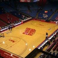 Foto tomada en UD Arena por Ken K. el 11/19/2011