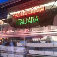 Foto tomada en La Bella Ferrara por Scott B. el 9/1/2011