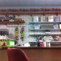 Foto scattata a Betty's Restaurant da Arthur Messina C. il 3/25/2012