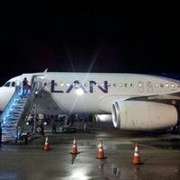 Foto tomada en Aeropuerto Internacional Palonegro (BGA) por Martin C. el 8/18/2012