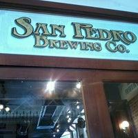 Снимок сделан в San Pedro Brewing Company пользователем Christy B. 7/29/2012