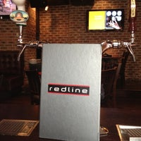 Foto tirada no(a) Redline por Shannon (. em 9/2/2012