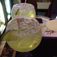 Das Foto wurde bei Hay Caramba! Restaurant and Cocktail Bar von Dennis R. am 5/5/2012 aufgenommen