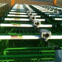 รูปภาพถ่ายที่ Hop'la โดย Eskwaad Nico D. เมื่อ 3/21/2012