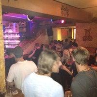 Das Foto wurde bei Shamrock Irish Pub von Tobias O. am 5/24/2012 aufgenommen