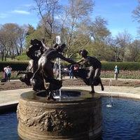 Foto tomada en Conservatory Garden por Jeremy A. el 4/8/2012
