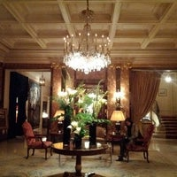 Foto diambil di Hôtel Westminster oleh Thierry L. pada 2/8/2012
