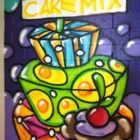 7/24/2012 tarihinde Michele S.ziyaretçi tarafından Duff's Cakemix'de çekilen fotoğraf