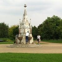 7/27/2012 tarihinde Ilnur M.ziyaretçi tarafından Regent's Park'de çekilen fotoğraf