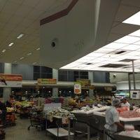 Foto tirada no(a) Sonda Supermercados por Lucas R. em 6/21/2012