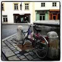 Foto tirada no(a) Kleines Café por Artemis em 6/4/2012