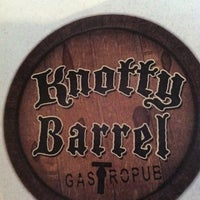 Foto tirada no(a) Knotty Barrel por Emiliano M. em 6/22/2012