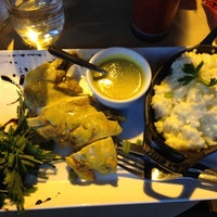 Photo prise au Café Père & Fils par Angelique C. le6/16/2012