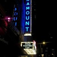 Das Foto wurde bei Paramount Theatre von Adrienne M. am 1/28/2012 aufgenommen