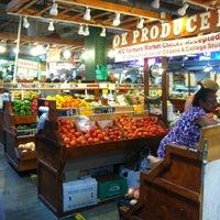 Das Foto wurde bei Reading Terminal Market von Shannon S. am 9/1/2012 aufgenommen
