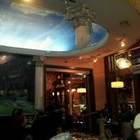 Снимок сделан в Acropolis Greek Taverna пользователем Gary S. 12/1/2011