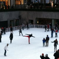 1/3/2012にJames C.がThe Rink at Rockefeller Centerで撮った写真