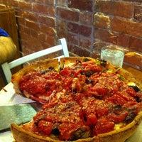 Das Foto wurde bei Pi Pizzeria von April L. am 9/12/2012 aufgenommen